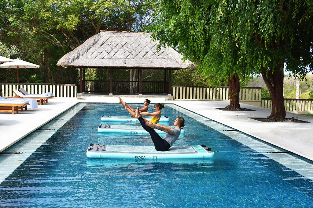 REVĪVŌ - MOVEŌ Aqua Yoga
